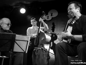 Hot_Club_Zagreb_-_Gypsy_Swing_2