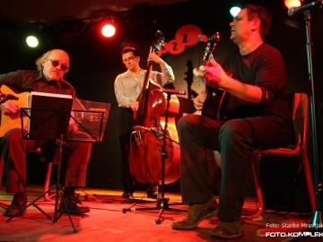 Hot_Club_Zagreb_-_Gypsy_Swing_21