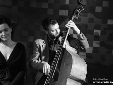 Jazz_Ravne_-_Peter_Mihelic__Nina_Strnad_12