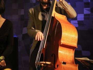 Jazz_Ravne_-_Peter_Mihelic__Nina_Strnad_4