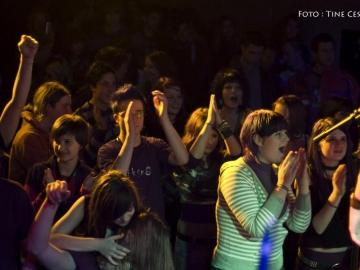 Piksna_-_koncert_ob_izidu_prvega_albuma_Kolaz__36
