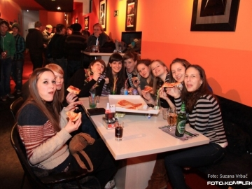 Pizza_party_12
